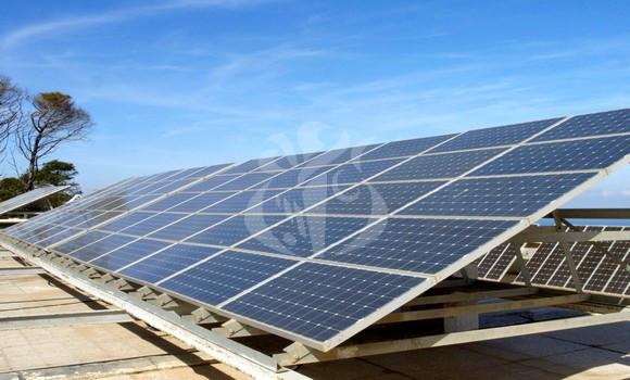 Energie solaire: trois laboratoires de contrôle qualité en voie d'accréditation - Algérie