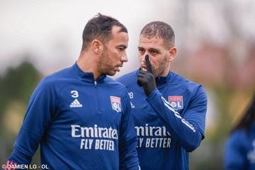 OL : Slimani a participé à sa première séance d'entrainement - Algérie