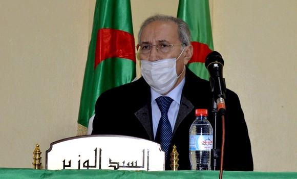 Le ministre des Transports limogé - Algérie