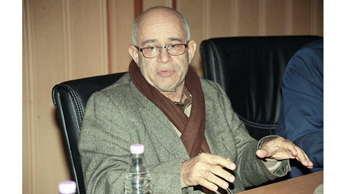 Abderrazak Dourar, professeur en traductologie et directeur du CNLEPT  : «Tamazight a besoin d'une bonne   académie et de liberté de recherche» - Algérie