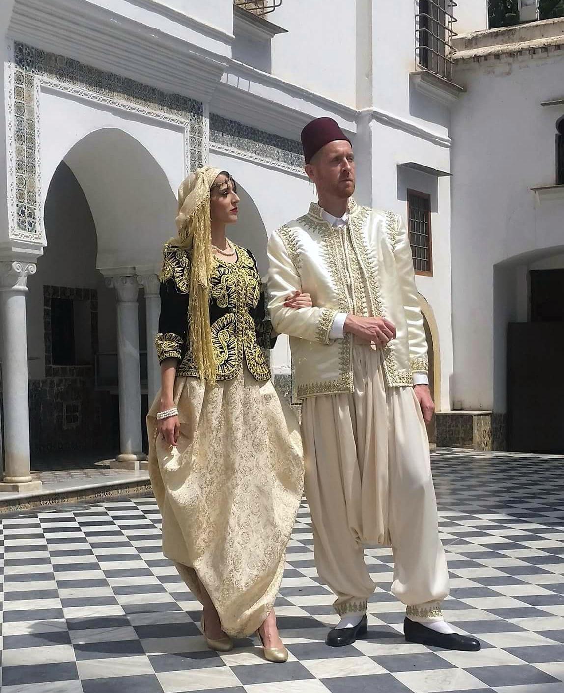 Tlemcen:  Valoriser le costume traditionnel algérien et son utilisation dans le théâtre par des recherches académiques - Algérie