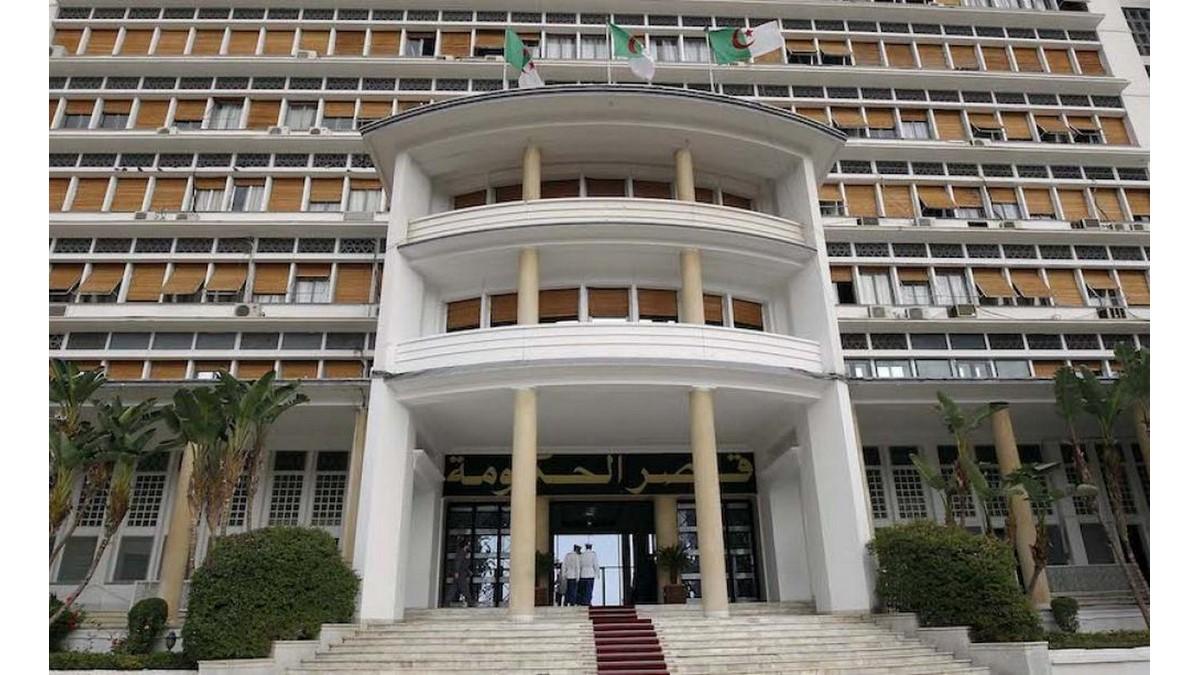 Covid-19 : le confinement partiel maintenu dans 9 wilayas avec réaménagement des horaires - Algérie