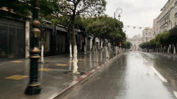 Covid-19 : le confinement partiel reconduit dans 19 wilayas - Algérie