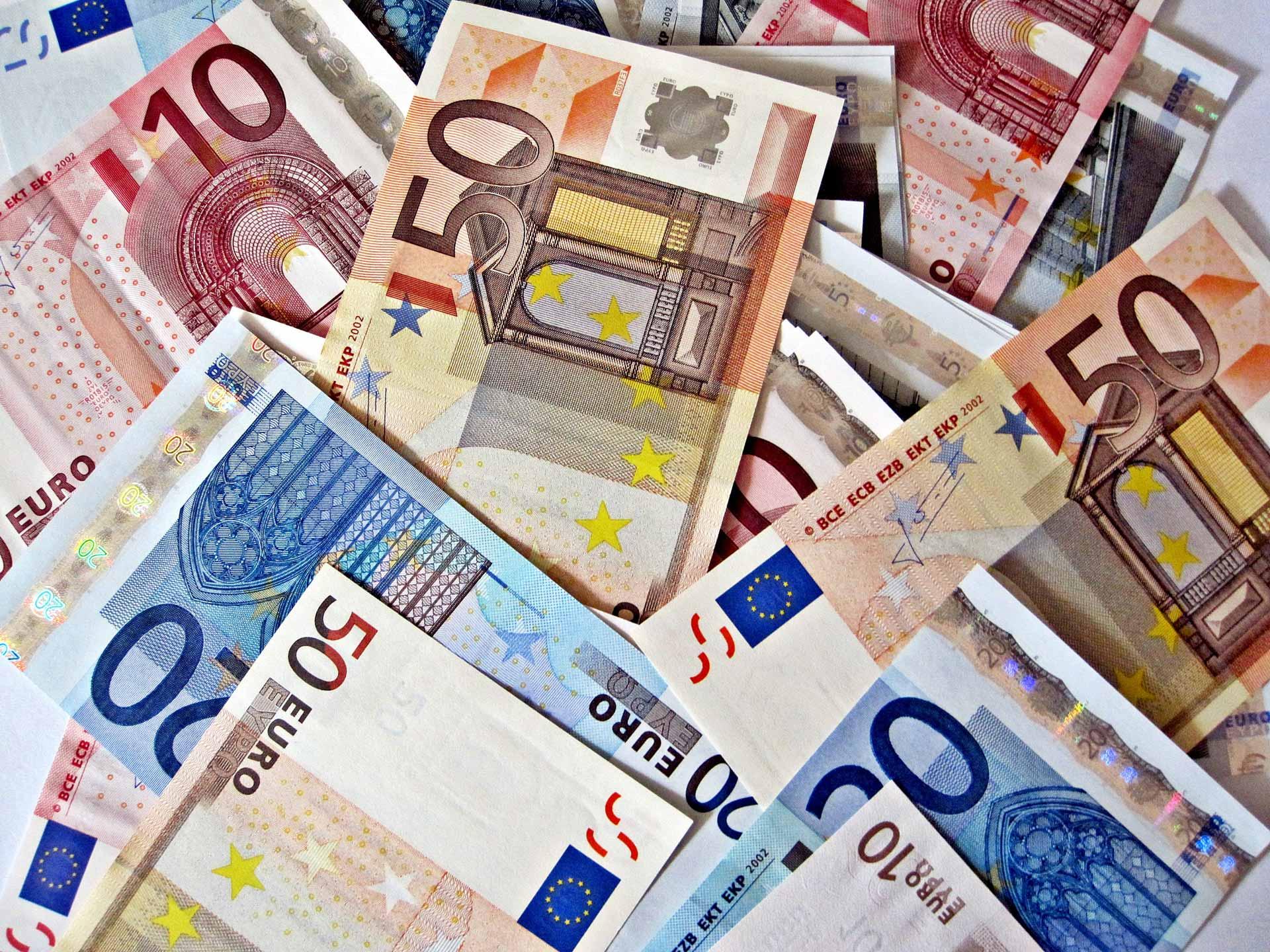 Stagnation du taux de change haut des devises ce 10 mars 2021 - Algérie
