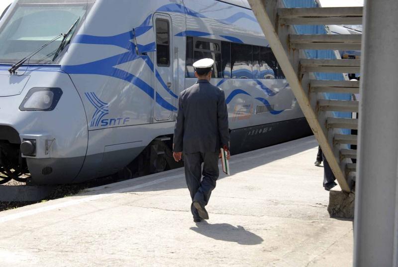 Ramadhan: La SNTF lance un sondage d'opinion pour adapter les horaires de ses trains aux besoins des clients - Algérie