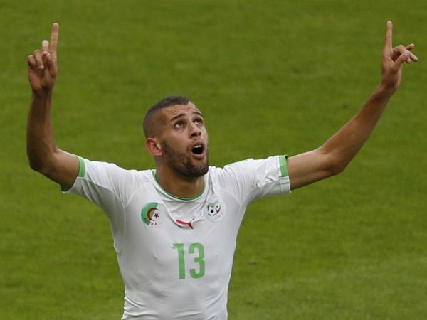 Islam Slimani de nouveau flatté par son entraîneur - Algérie
