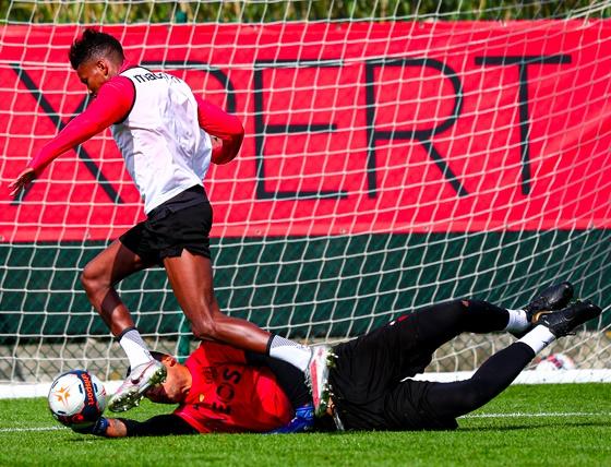 France : Boudaoui retrouve les entraînements collectifs - Algérie