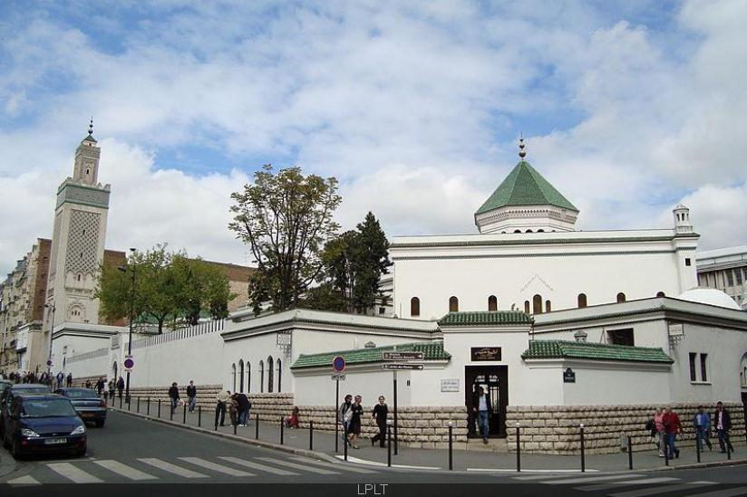L'annonce en a été faite par la commission de la Grande mosquée de Paris : Le Ramadan débute mardi en France - Algérie