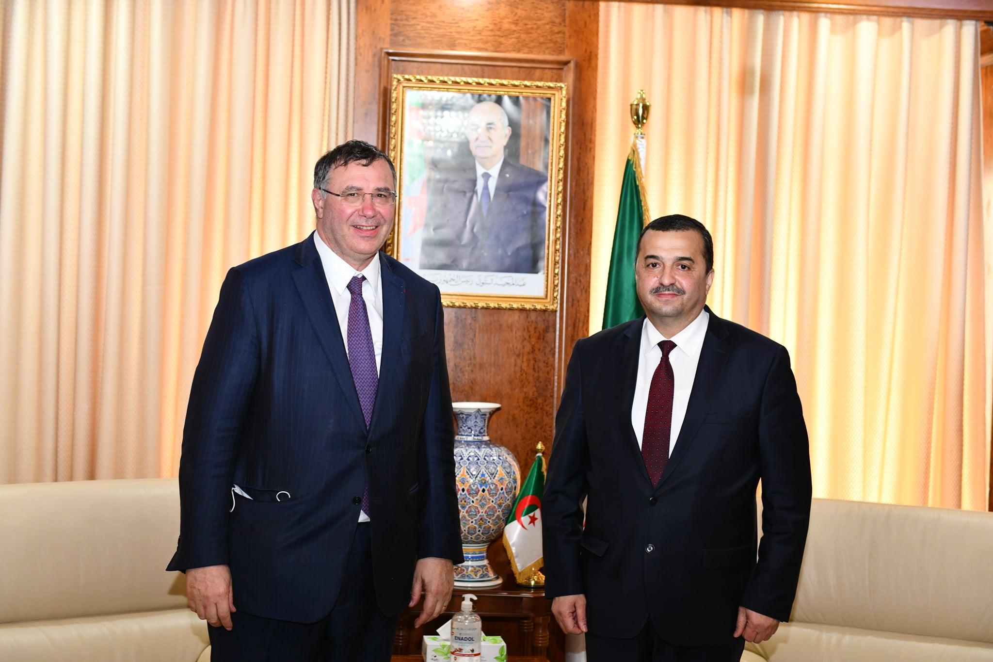 Le Ministre de l'Energie et des Mines reçoit le PDG de Total - Algérie