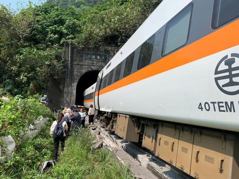 Déraillement d'un train à Taïwan: 41 morts et 68 blessés - Algérie