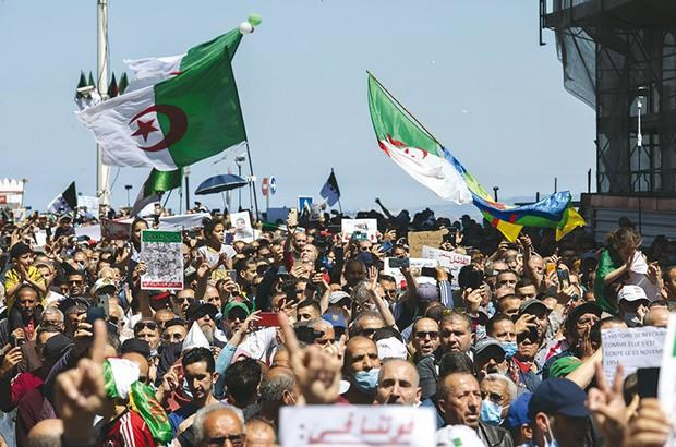 Prison ferme pour plusieurs manifestants - Algérie