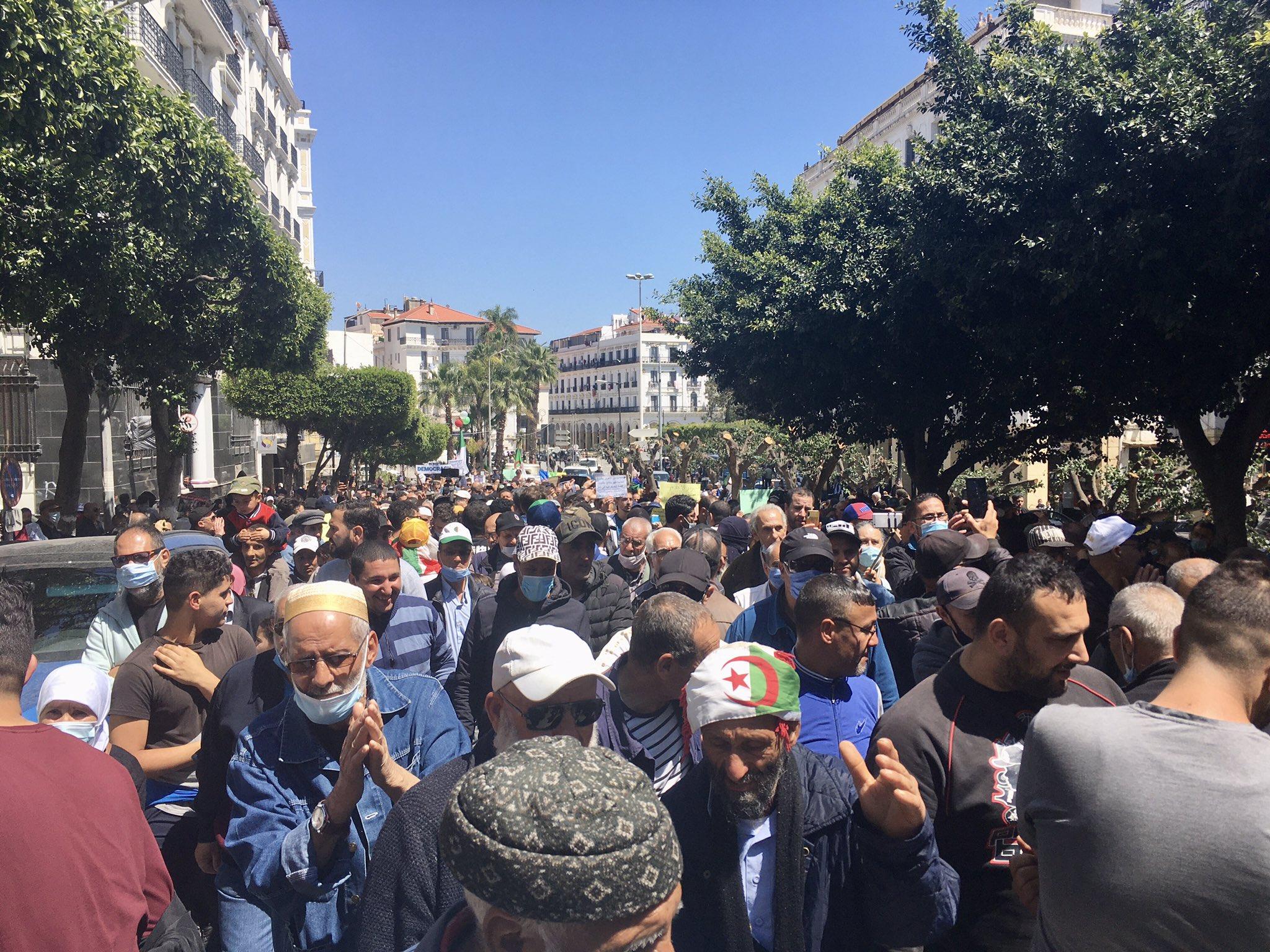 Marche des étudiants à Alger empêchée : Plusieurs arrestations - Algérie