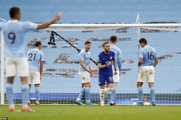 Chelsea fait une nouvelle fois chuter Man City. Mahrez est resté sur le banc des remplaçants - Algérie