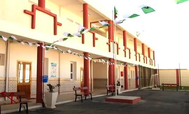 Livraison de nouveaux établissements scolaires - Algérie