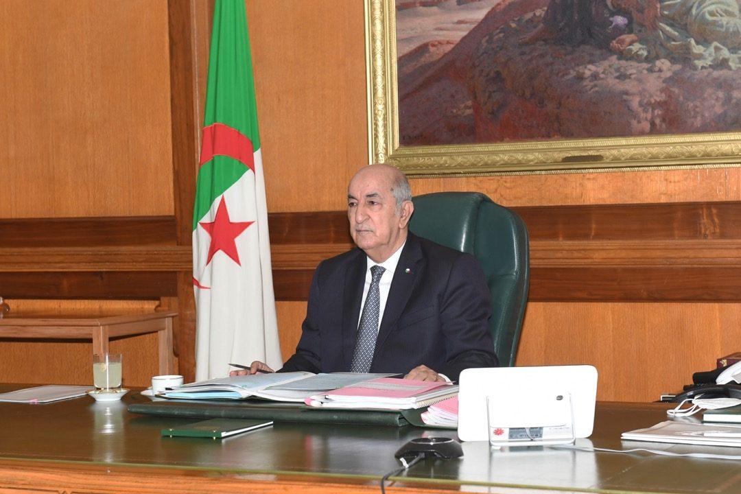 الرئيس تبون يعزي في وفاة الرقيب مباركي والعريف الأول عيشوش - الجزائر