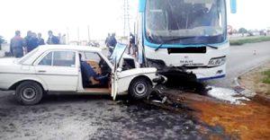 وفاة رجل وإصابة امرأتين في اصطدام حافلة بسيارة سياحية بسطيف - الجزائر