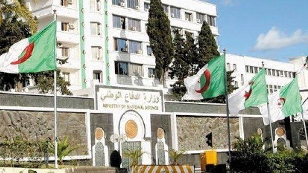 افتتاحية مجلة الجيش: سقطت الأقنعة وتبينت النوايا الخبيثة - الجزائر