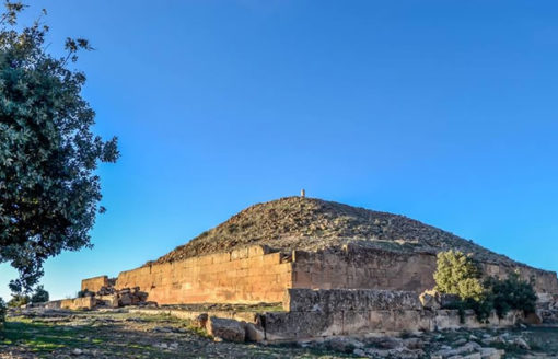 """من أهم المعالم التاريخية..أهرامات بربرية في منطقة """"لجدار"""" ستذهلك"""