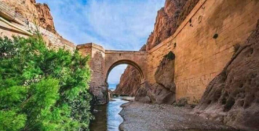 55 صورة لأماكن سياحية لا تفوتها عند زيارتك لبسكرة بالجزائر