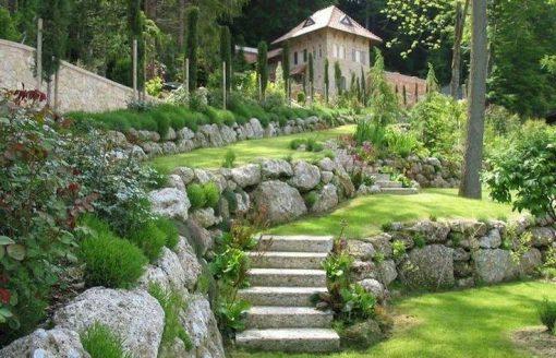 أفكار رائعة لرصف الحديقة المنزلية بالحجارة الملونة بـ16صورة