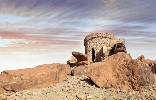قلعة الشيخ بوعمامة…اكتشف ما يخفيه هذا المعلم السياحي المبهر