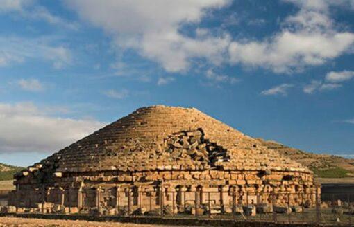 تعرف على أسرار امدغاسن… أقدم ضريح ملكي في شمال افريقيا
